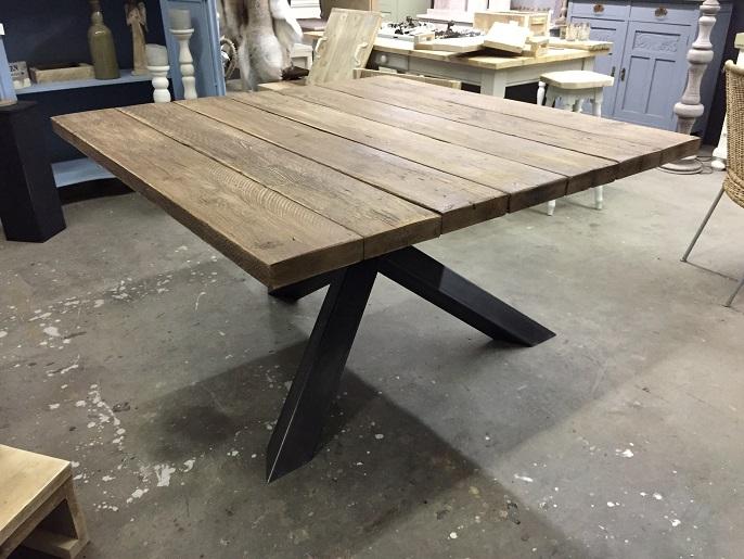 Vierkante tafels ikea for Uittrekbare tafel