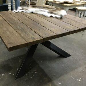 vierkante tafel eefje 140x140x78