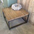 salontafel Aukje staal 3x3 balkenblad notenkleur