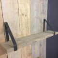2 plankendragers met steigerhouten plank