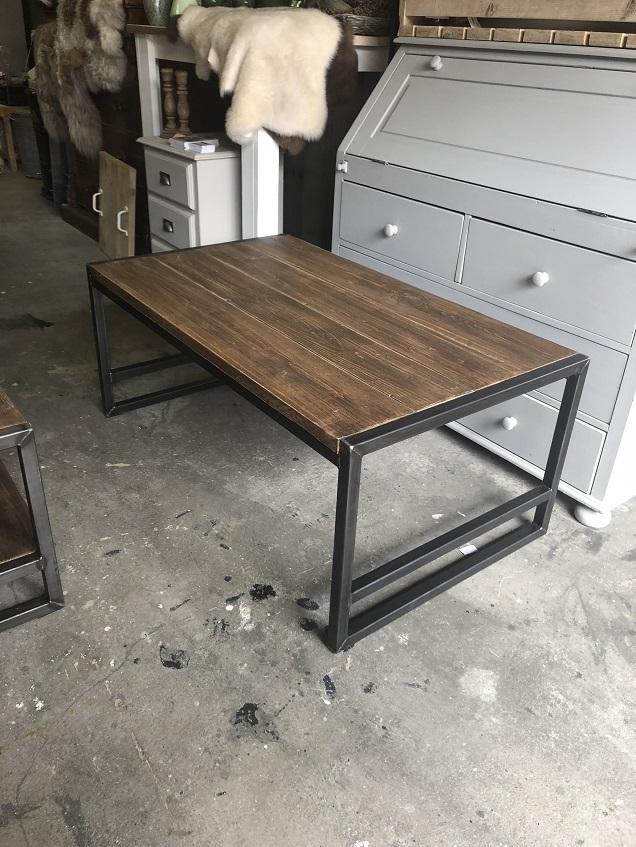 "New Salontafel ""Kaatje"" staal oud hout 3cm dik notenkleur – Hillshome #ER59"